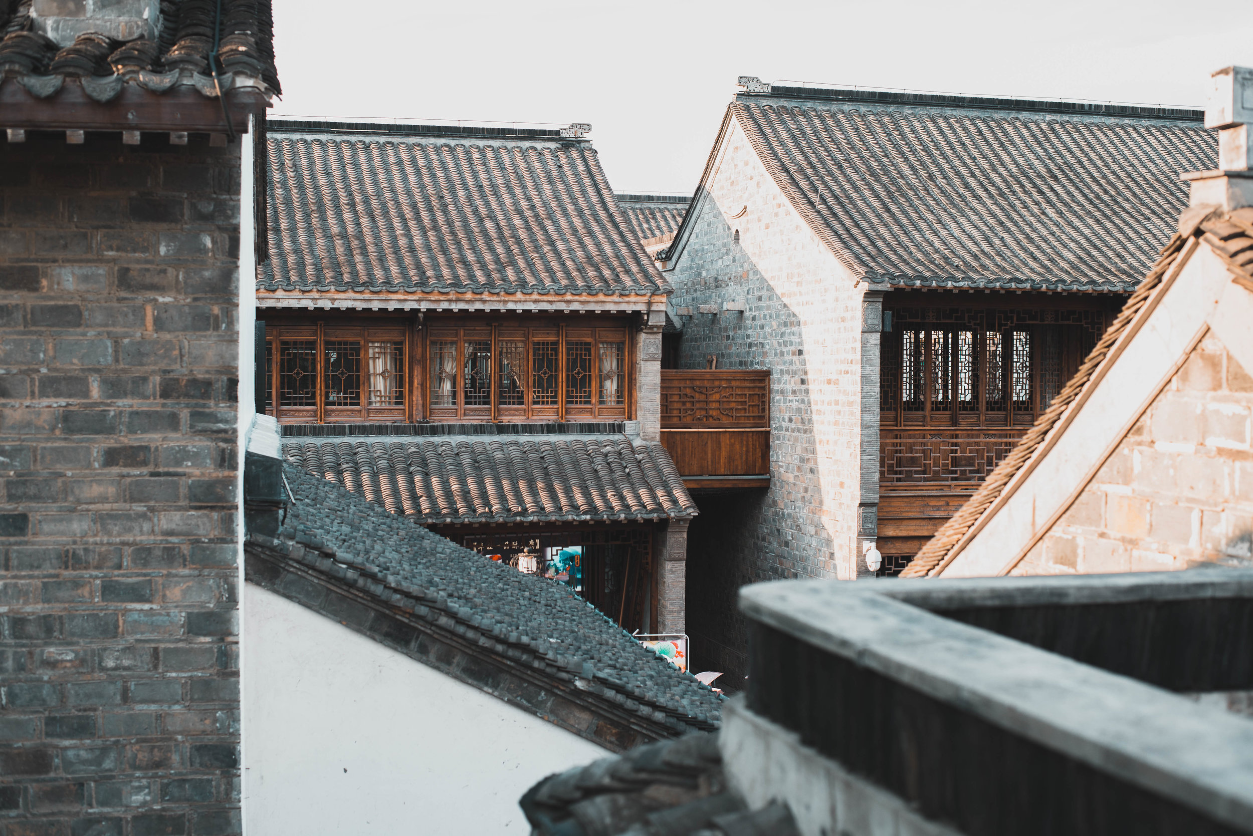 Exploring the rooftops near Nanjing's Confucius Temple