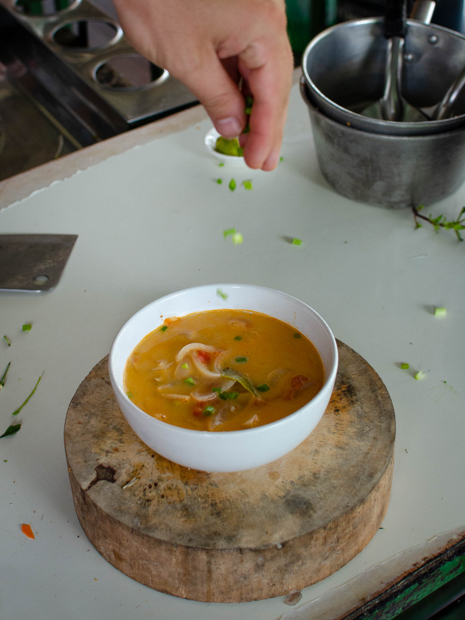 Thai Cooking Class in Chiang Mai | Putting the finishing touches on our soup