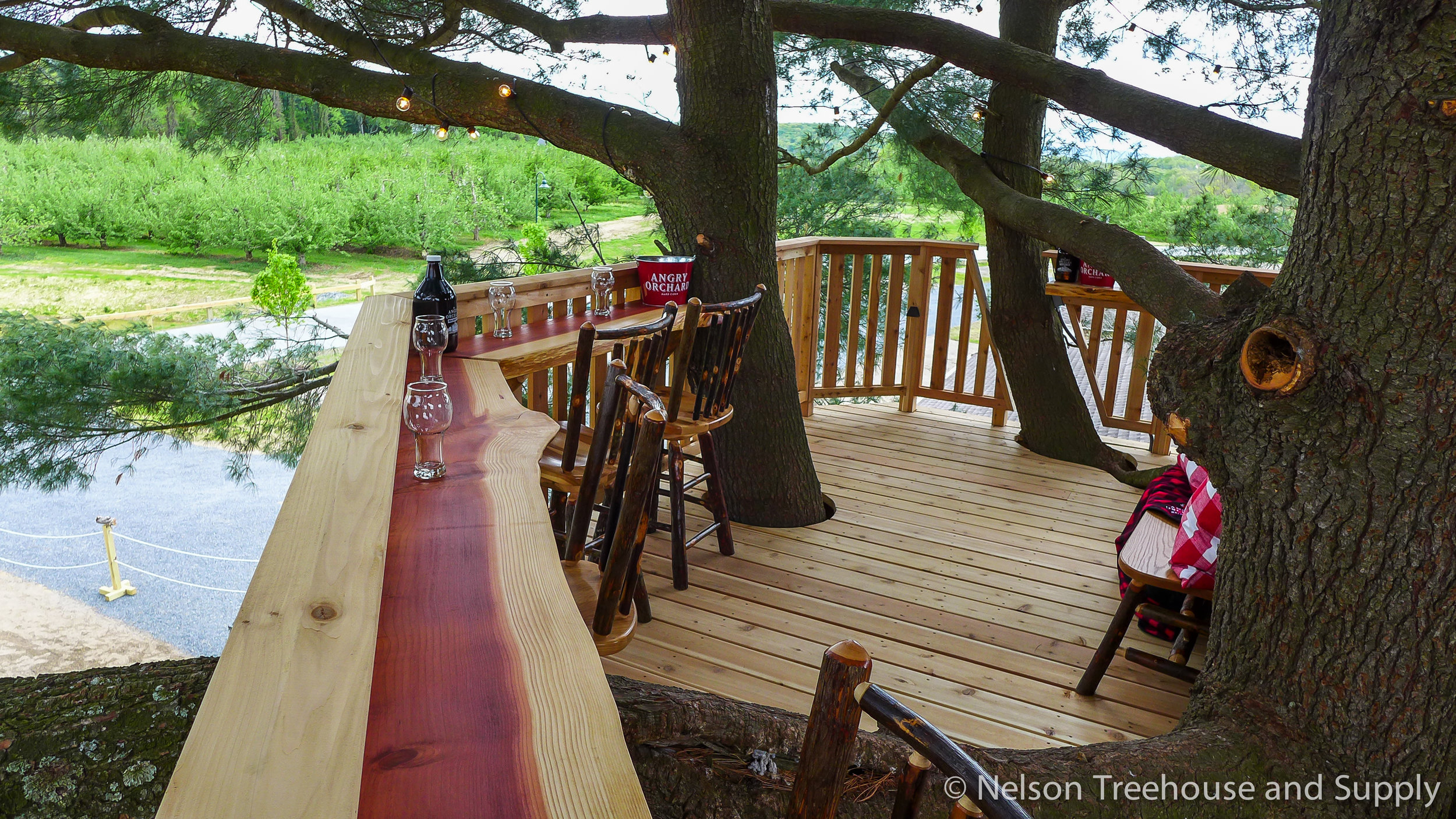 angry-orchard-treehouse-bar