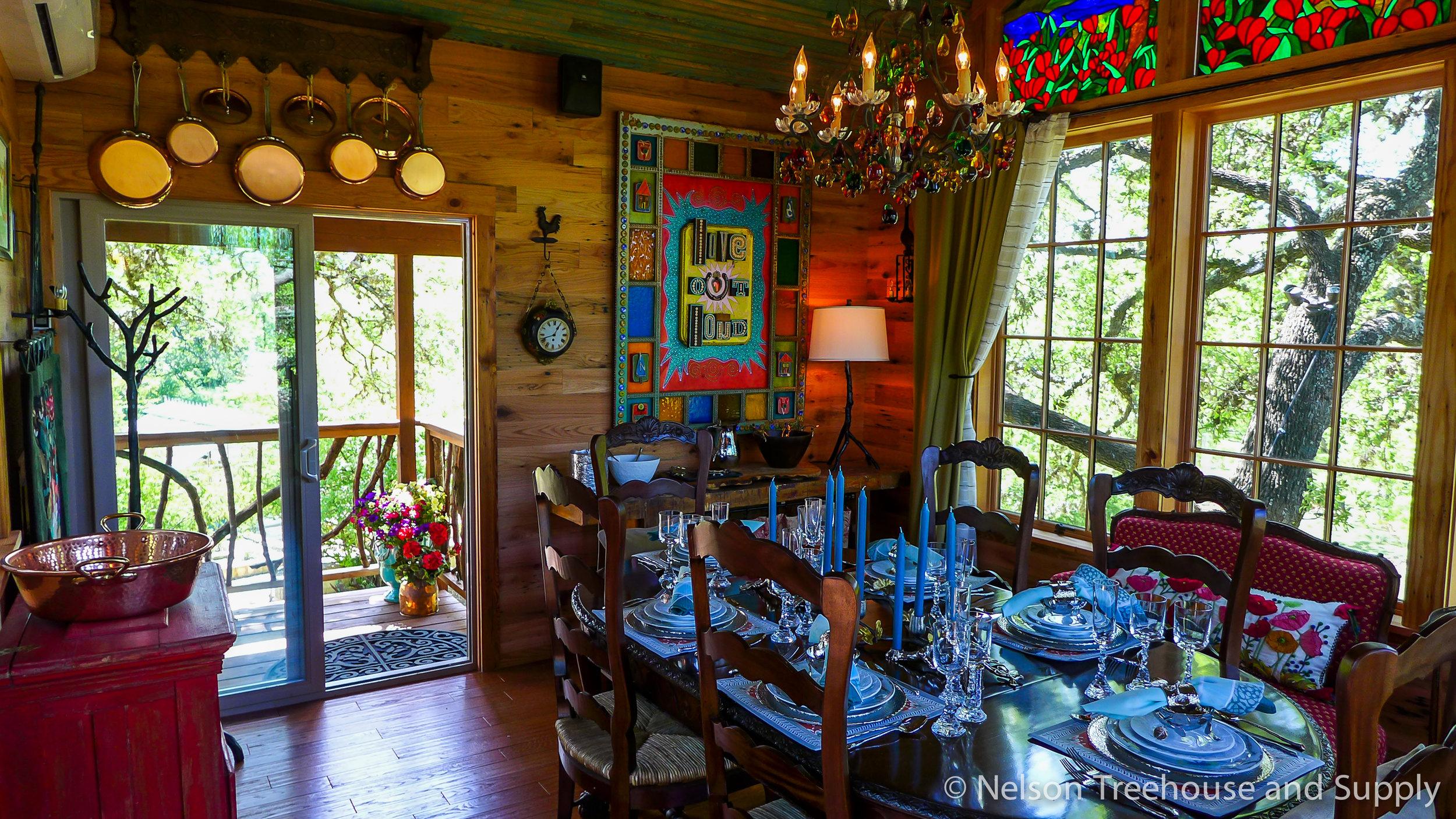 laurel-restaurant-treehouse-dining-room