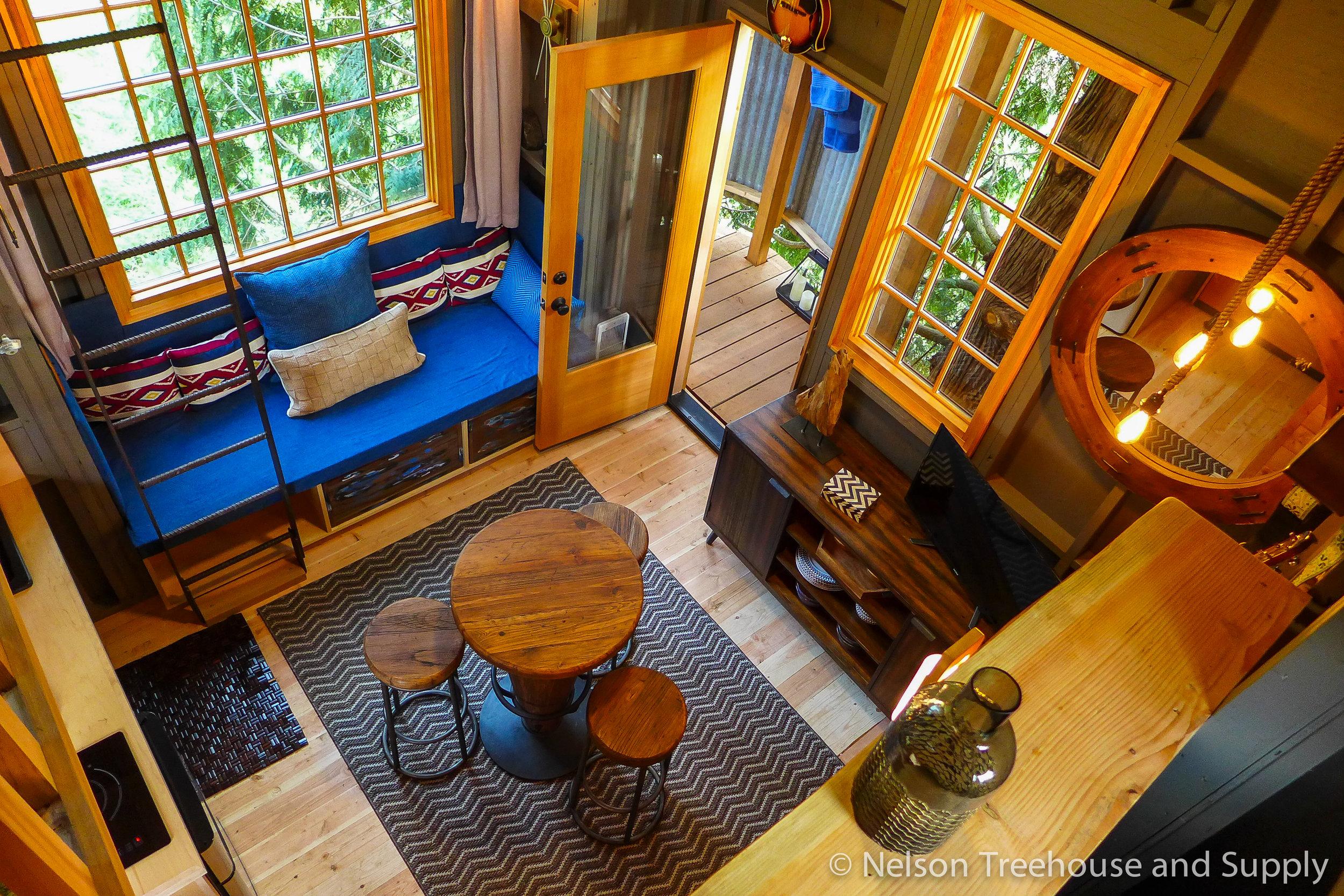 charlies_treehouse_interior