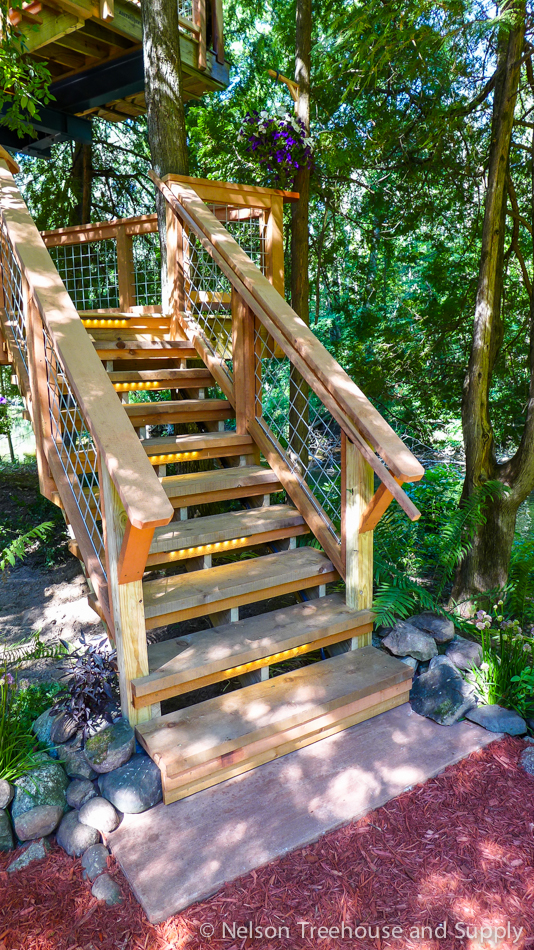 chang_treehouse_stairway
