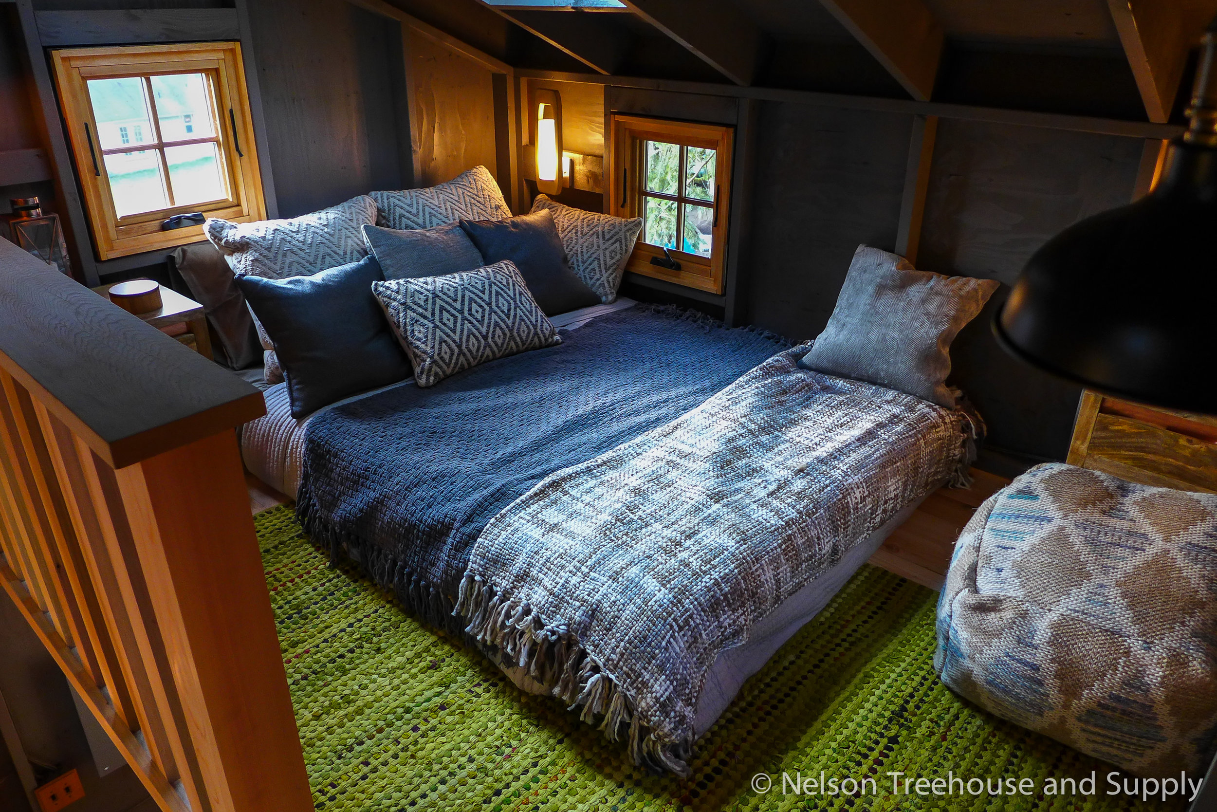 Charlie's cozy but airy loft