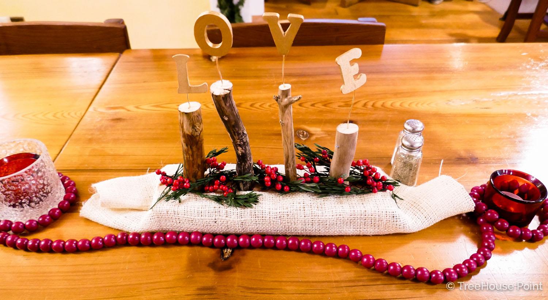 TreeHouse Point Holiday Decor