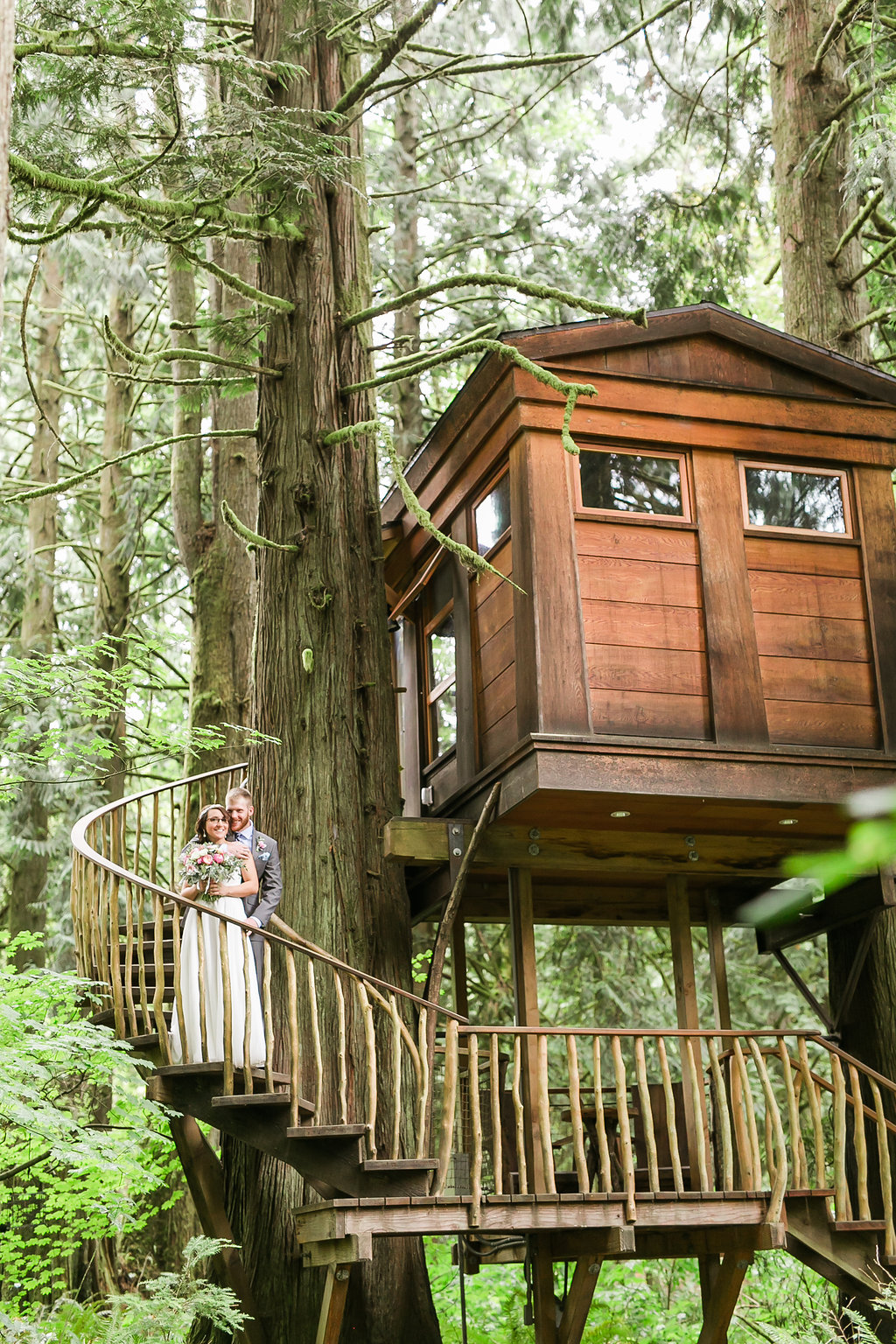 TreeHouse Point Valentine's Day Elopement