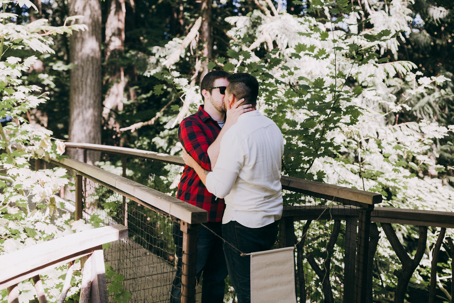 Treehouse Point romantic proposal