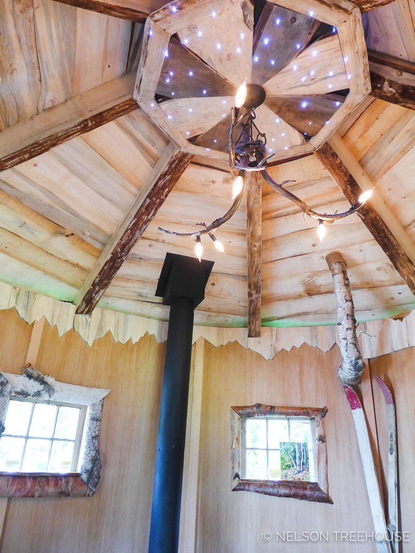 Alaskan Sauna Hut Roof detailing - Nelson Treehouse