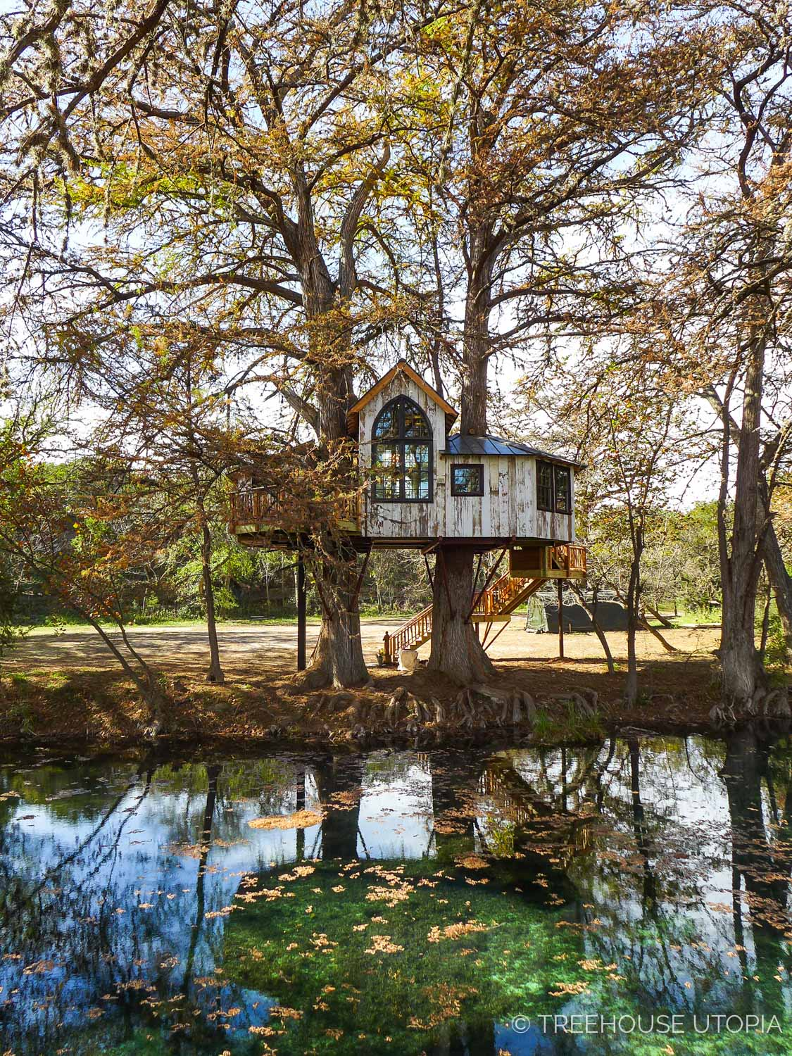 Stay overnight at Treehouse Utopia, Texas