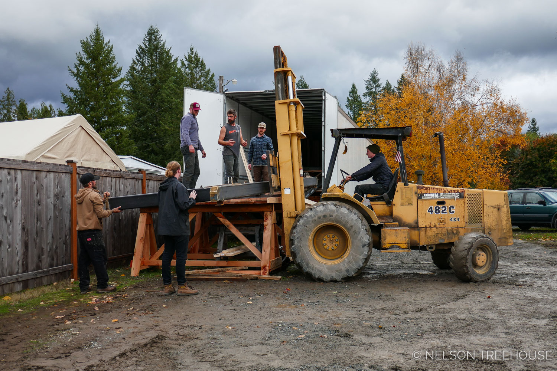 Nelson Treehouse Prefab for Treehouse Utopia - truck loading