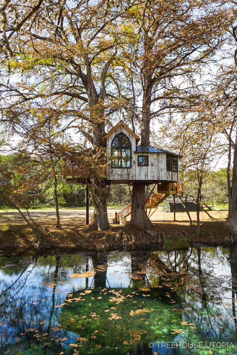 CHAPELLE AT TREEHOUSE UTOPIA     CLICK FOR PHOTO TOUR >>     Location:  Treehouse Utopia, Texas  Year Built:  2017  Square Feet:  470  Elevation:  17 ft Fully tree-supported  Seasonality:  All-season
