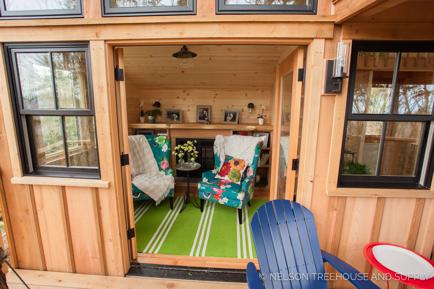 Bulldog Bungalow french doors - nelson Treehouse