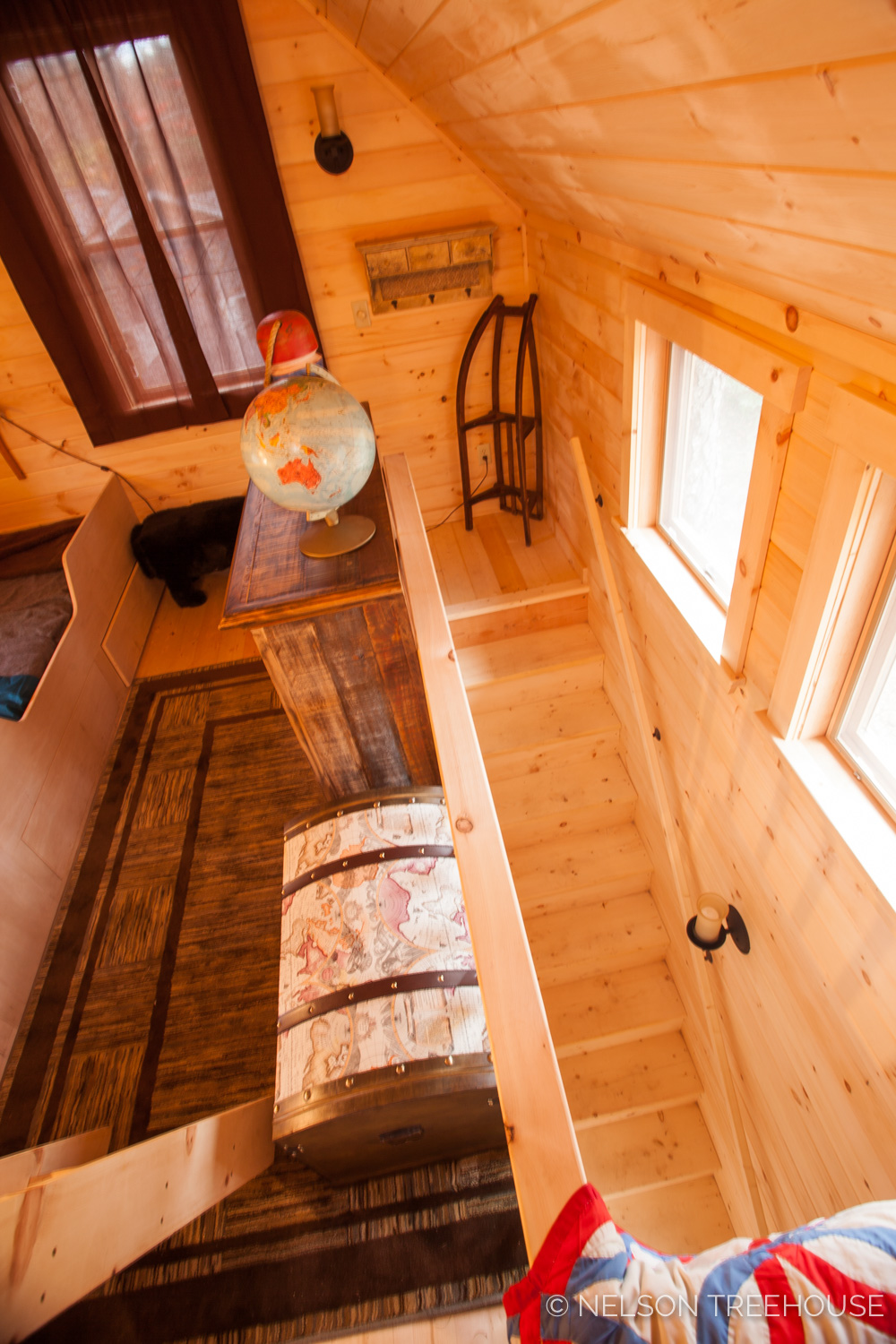 Nelson Treehouse - Adventure TEmple Staircase to bunk loft