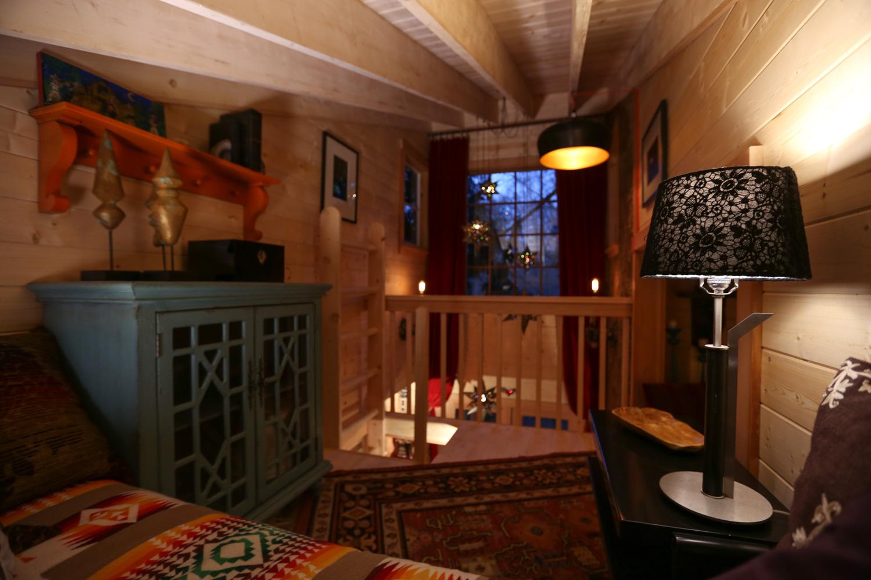 Nelson treehouse recording studio loft