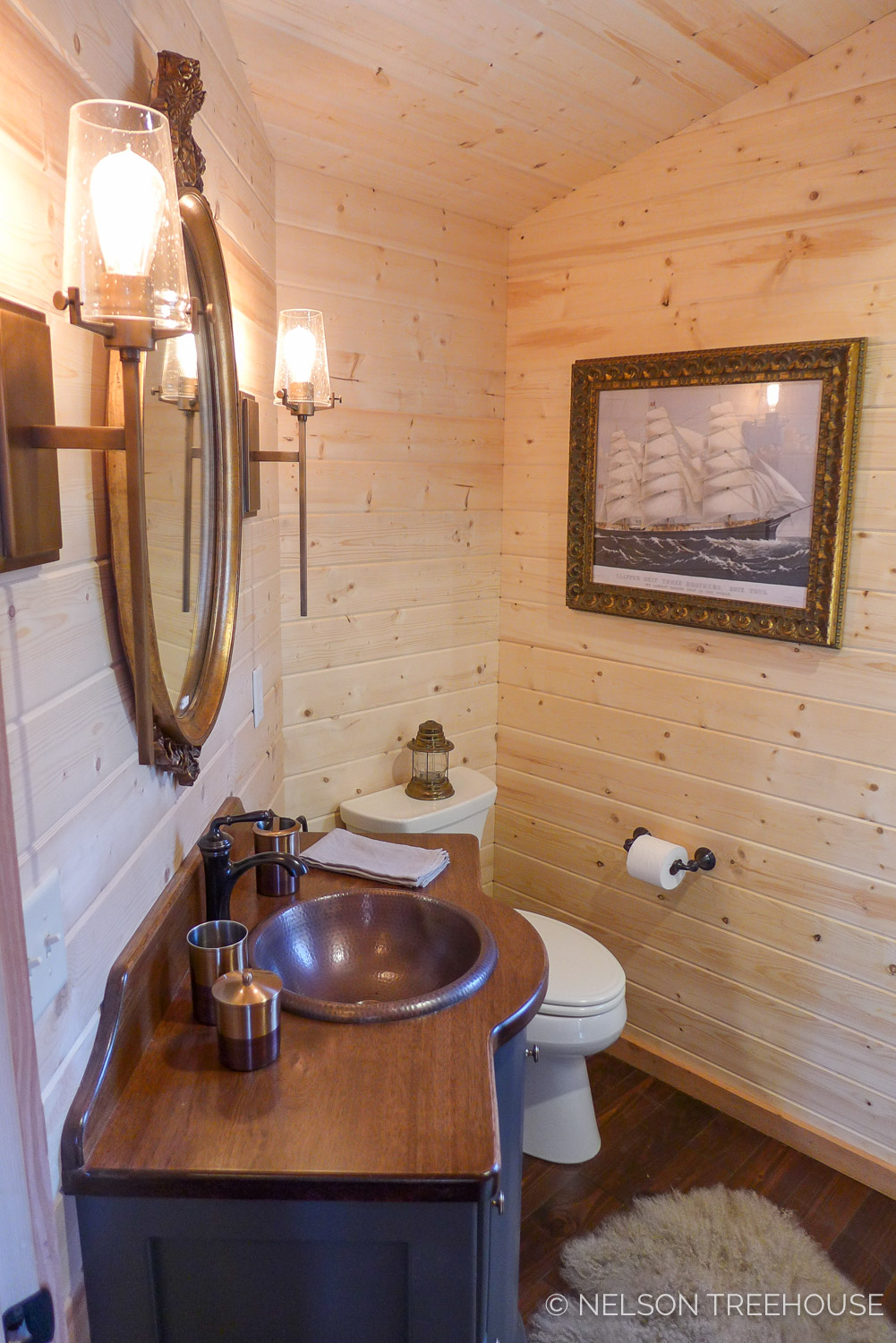 Super Spy Treehouse - Nelson Treehouse 2018 - Bathroom