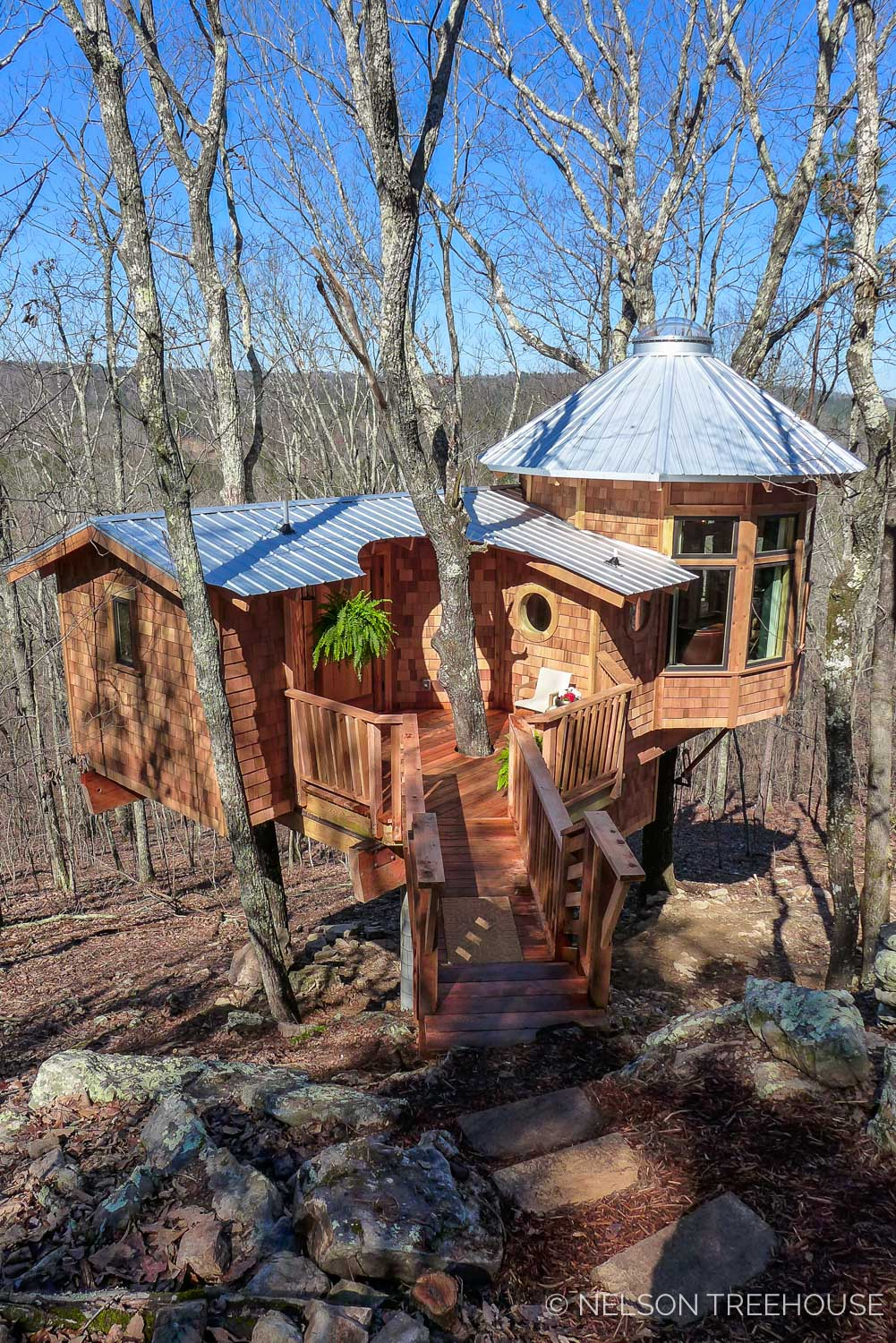 Super Spy Treehouse - Nelson Treehouse 2018 - Front Walkway