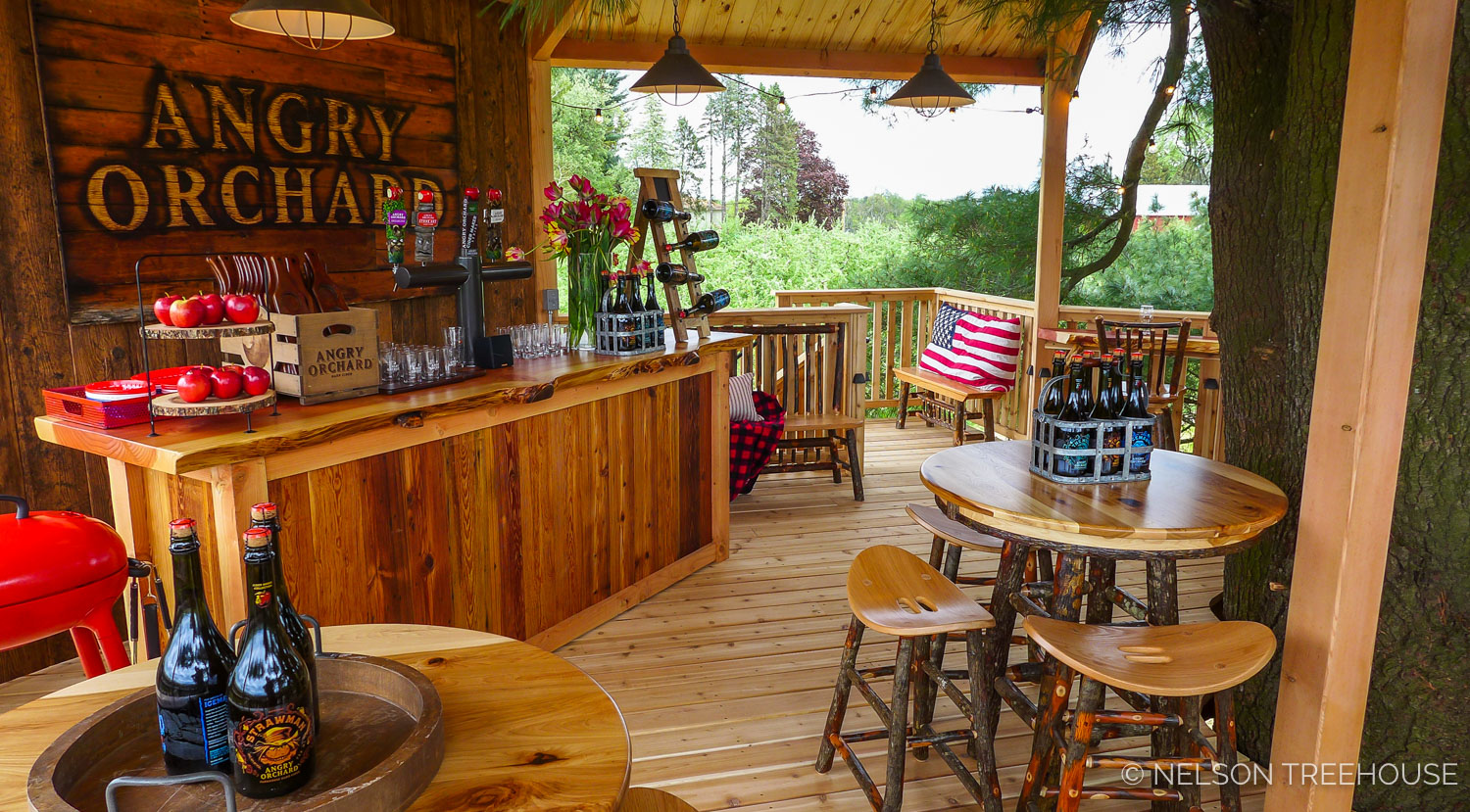 Angry Orchard Tasting Room Treehouse - Walden, NY