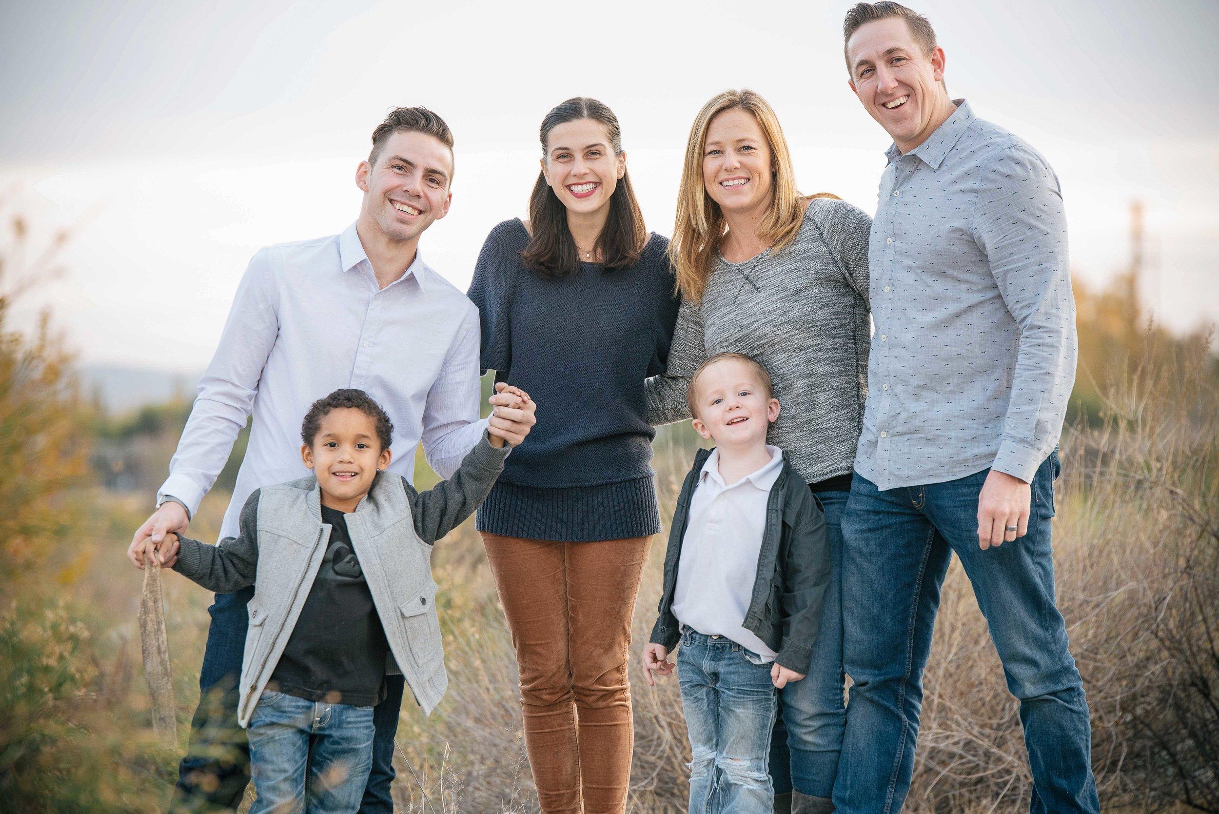 Eaton Canyon Family Shoot-3.jpg