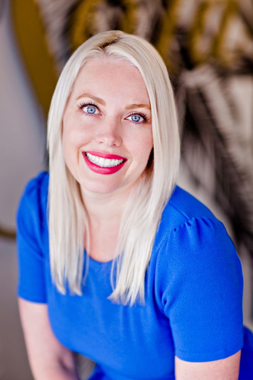 The artist, Seanna Fishbein, herself.
