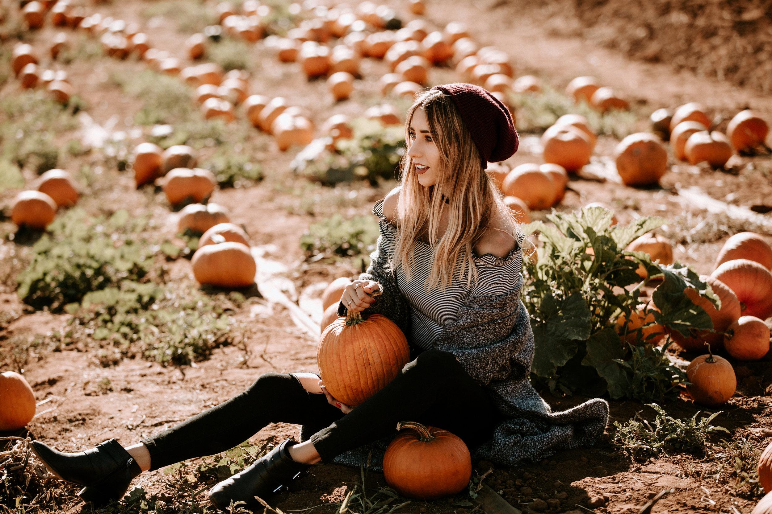 2017-10-16_Lindsey Carlene_Pumpkin Patch_HR-6.jpg