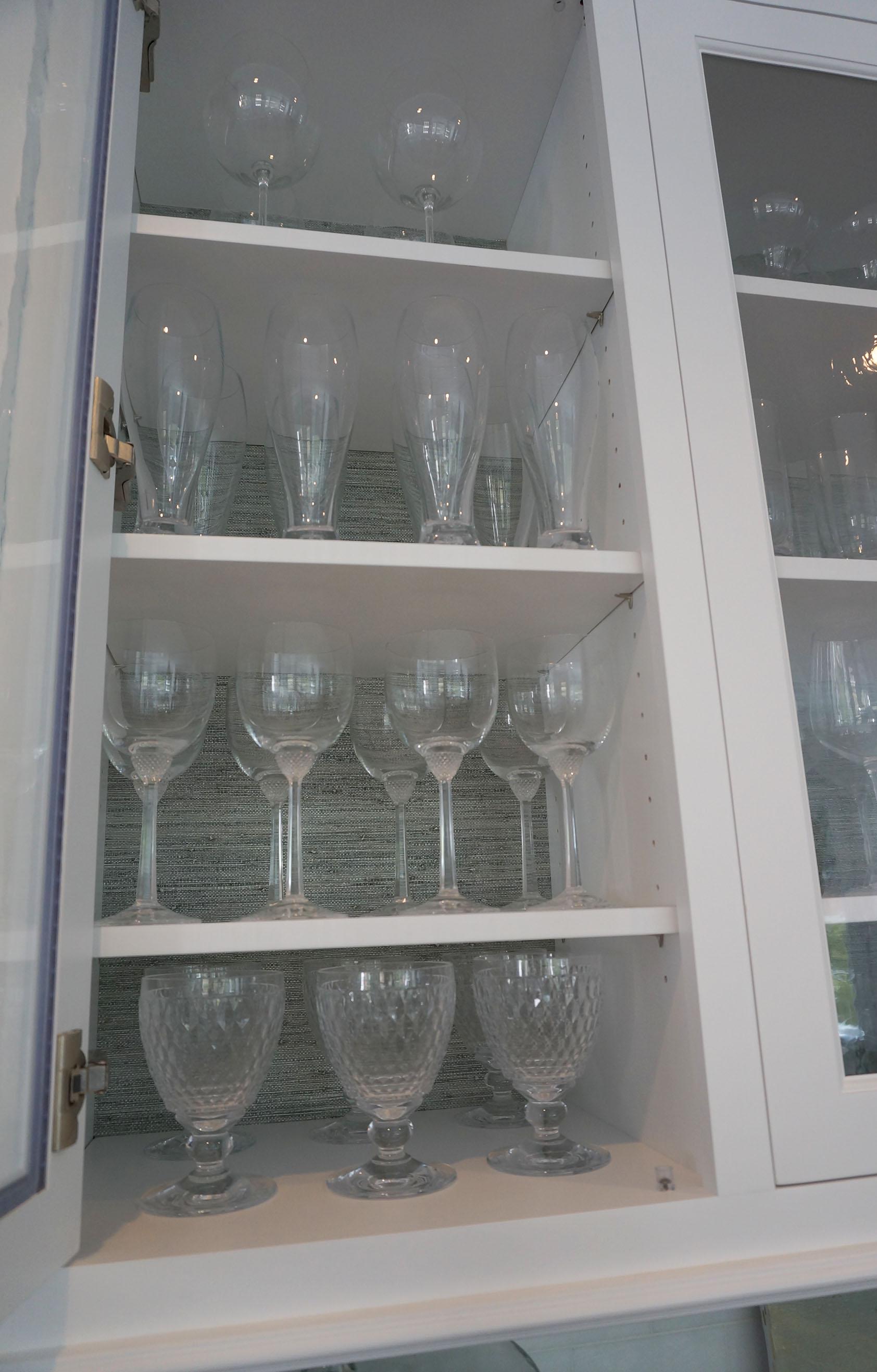 EJP_Glass cabinet_Closeup.JPG