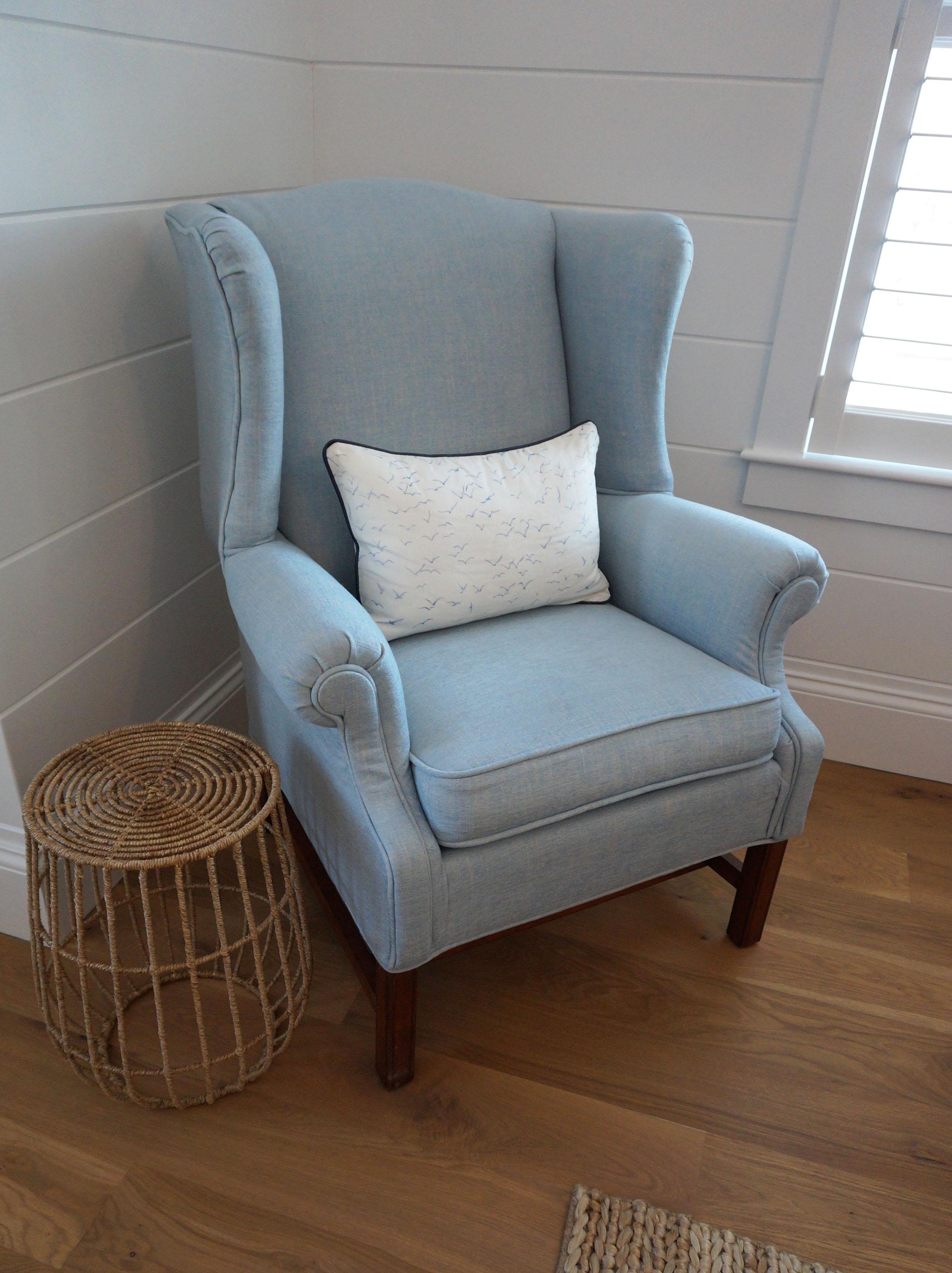 EJP_Master_Blue chair.JPG