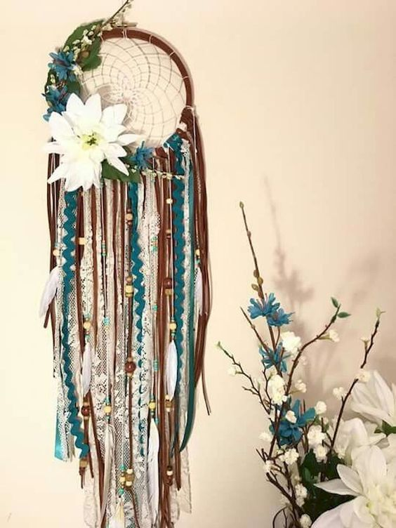 $45 - Dream Catcher Workshop  Learn to weave dreamcatchers and decorate and customize your own.