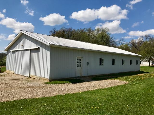Show Horse Barn - Township Road 1193  Ashland