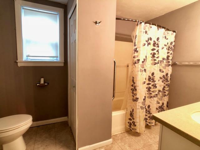 407 Sandusky bath2.jpg