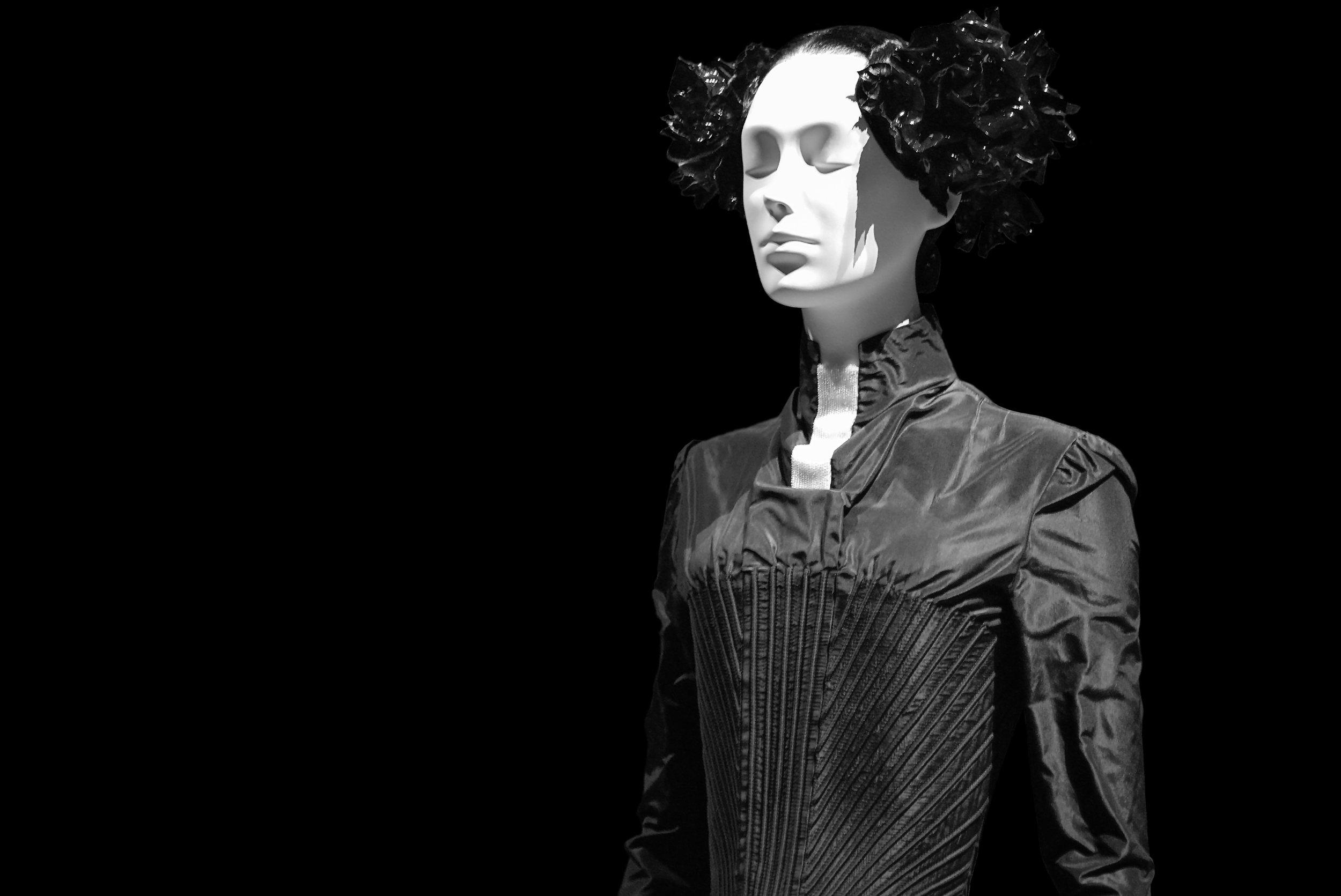 Alexander McQueen  for Givenchy, ENSEMBLE, spring/summer 1999.