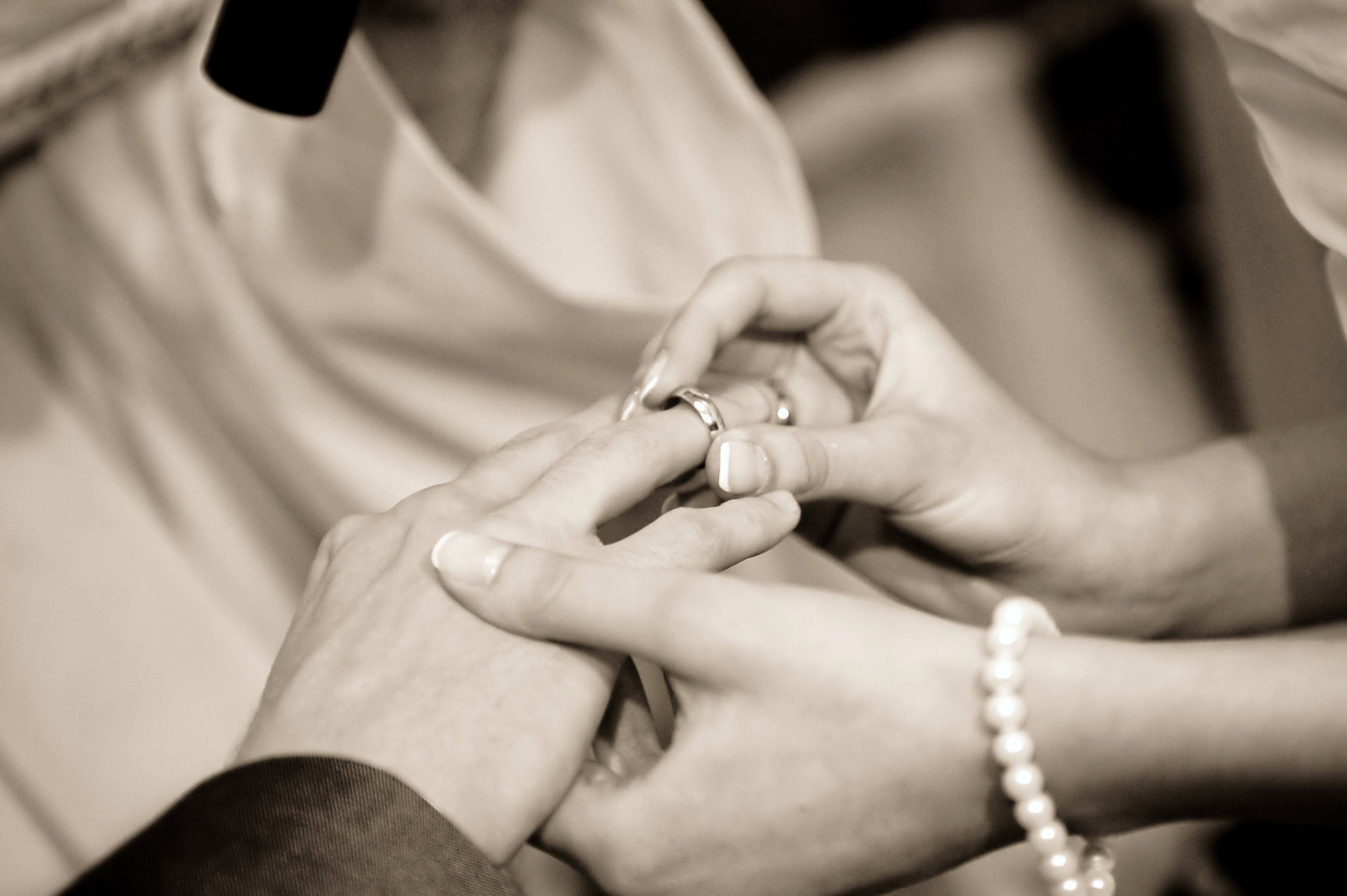 wedding-wedding-ring-53585.jpeg