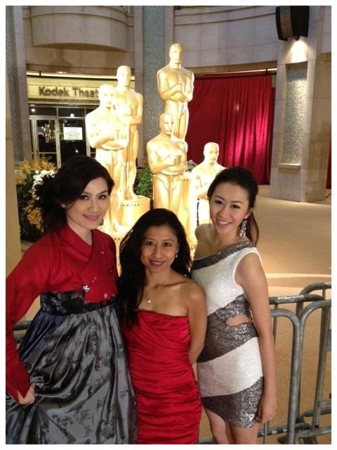 Academy Awards 2012 w/ LA18 reporters Kelly C.& Renee H.