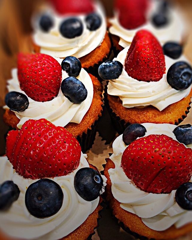 We are in the Spirit! Happiest 4th of July to all of our peeps in the States! #cupcakes #glutenfree #pastries #bakery #tastekitchenandtable #fairfax #marin #cafe #4thofjuly