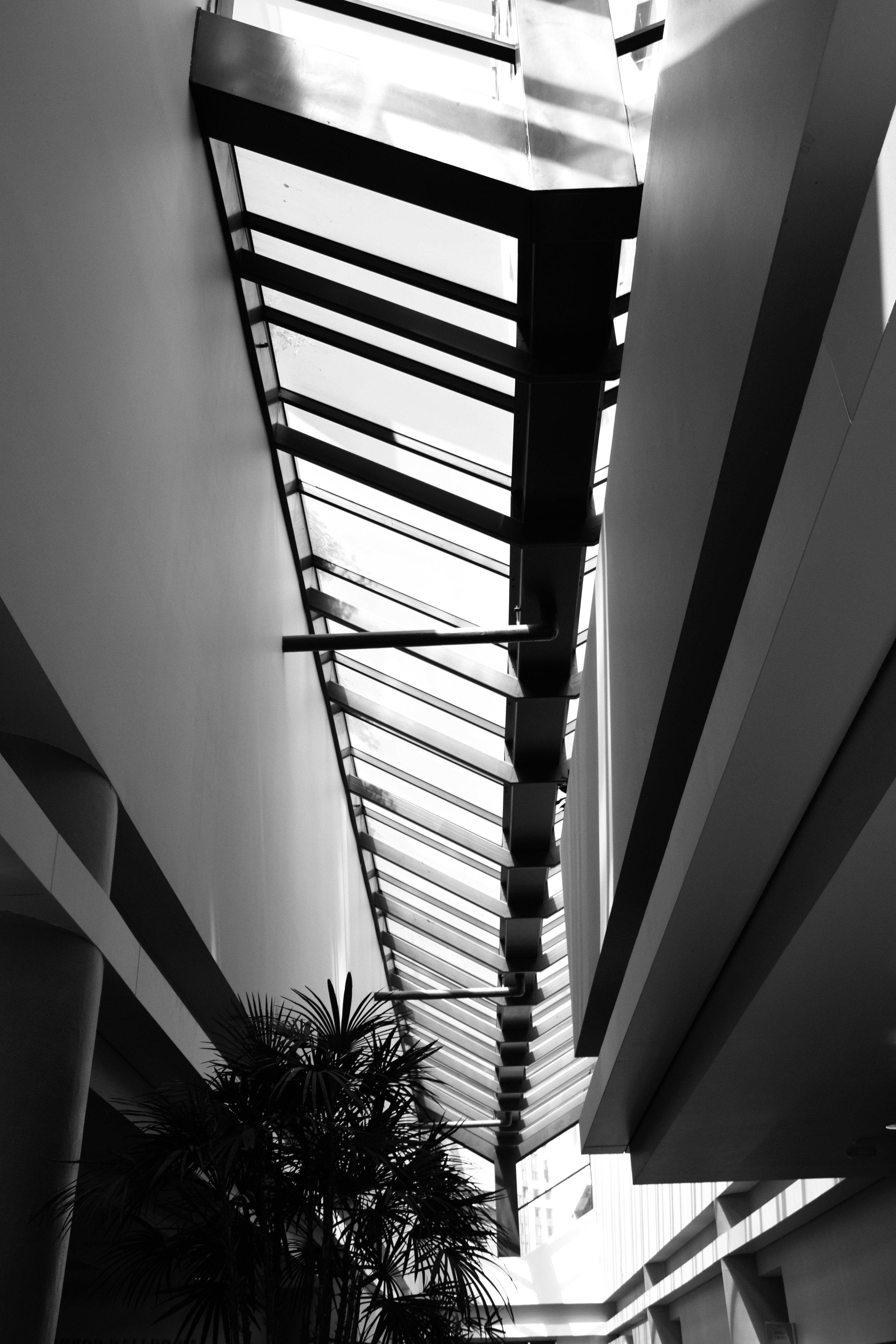 Sky Light, Mezzanine Lobby