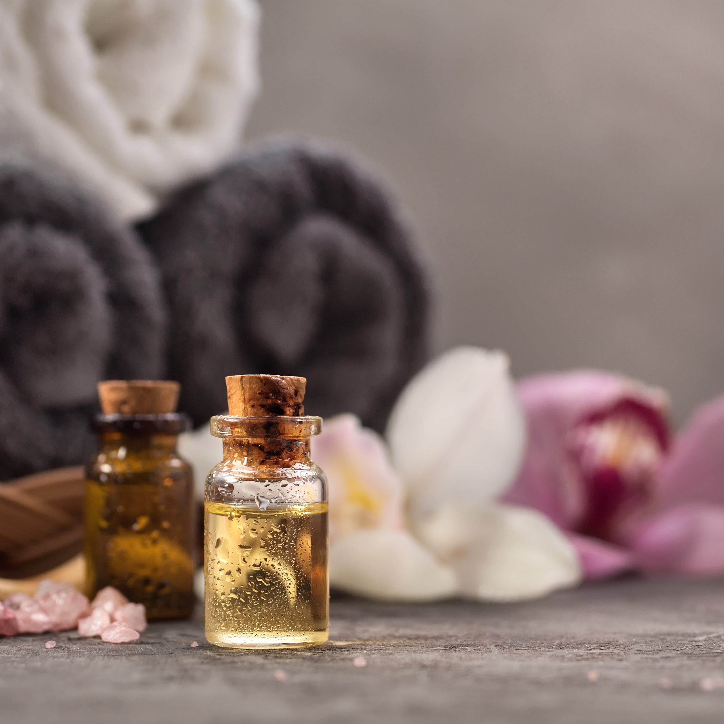 A delightfully aromatic experience using 100% pure essential oils. Based on Lymphatic Drainage techniques, this massage is suitable for post surgery and chemotherapy. It is a deeply relaxing experience.  90 mins - $150