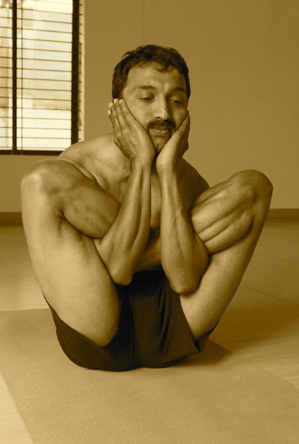 Rubber Yogi- Acharya Venkatesh
