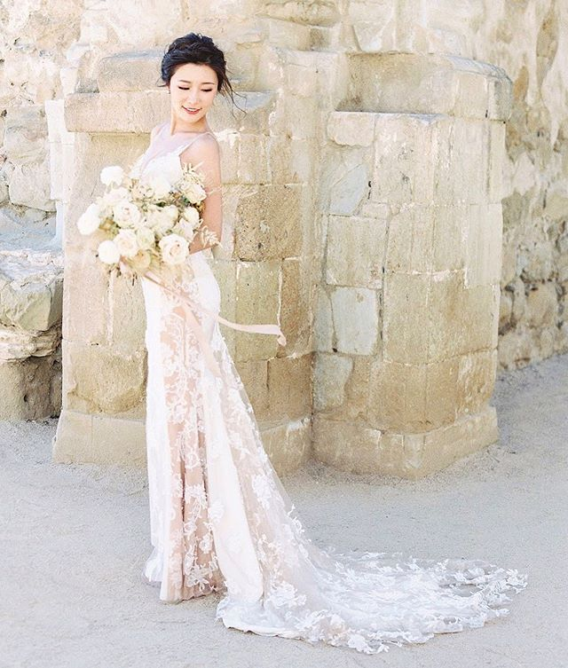 So soft and elegant! Our beautiful bride Jessica looks stunning in her custom made wedding dress with a contrasting lace panel and dress train in soft skin tone color by @noelchuatelier . . . .  #noelchu #noelchuatelier #custommade #bold  #mood #moodshot #fashion #fashionstyle #dress #weddinggown#bridalgown #weddingstyle #wedding #artisitc #vision #bridal #photoshoot #editorial #brides #gown #hongkong #beautifulbride⠀#hongkongfashion #outfitoftheday #lookoftheday #fashionfashiongram #style #love