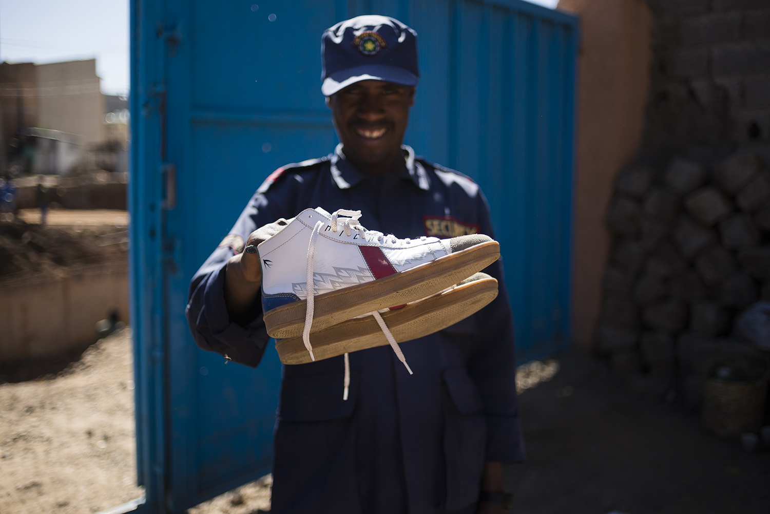 SAWA x Michel Berger Hotel    The great people of the    Michel Berger Hotel    shared with us all their creativity.  Just like the  Schalbe  (Swallow) these shoes brought us all the way from  Africa . This shoe is our tribute to that brave little bird and the amazing continent it comes from. And for all those other long-distance travellers out there, these trainers come with a special in-built navigation system meaning you 'll never confuse right from left again and won't ever get lost while wearing them. These shoes don't require batteries.   Take off and fly with the    Michel Berger    Schalbe!    www.michelbergerhotel.com