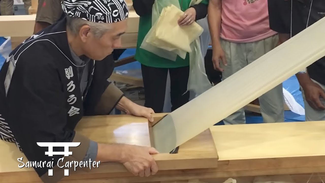 From the Kezuroukai Japanese wood planing competition. Source: YouTube