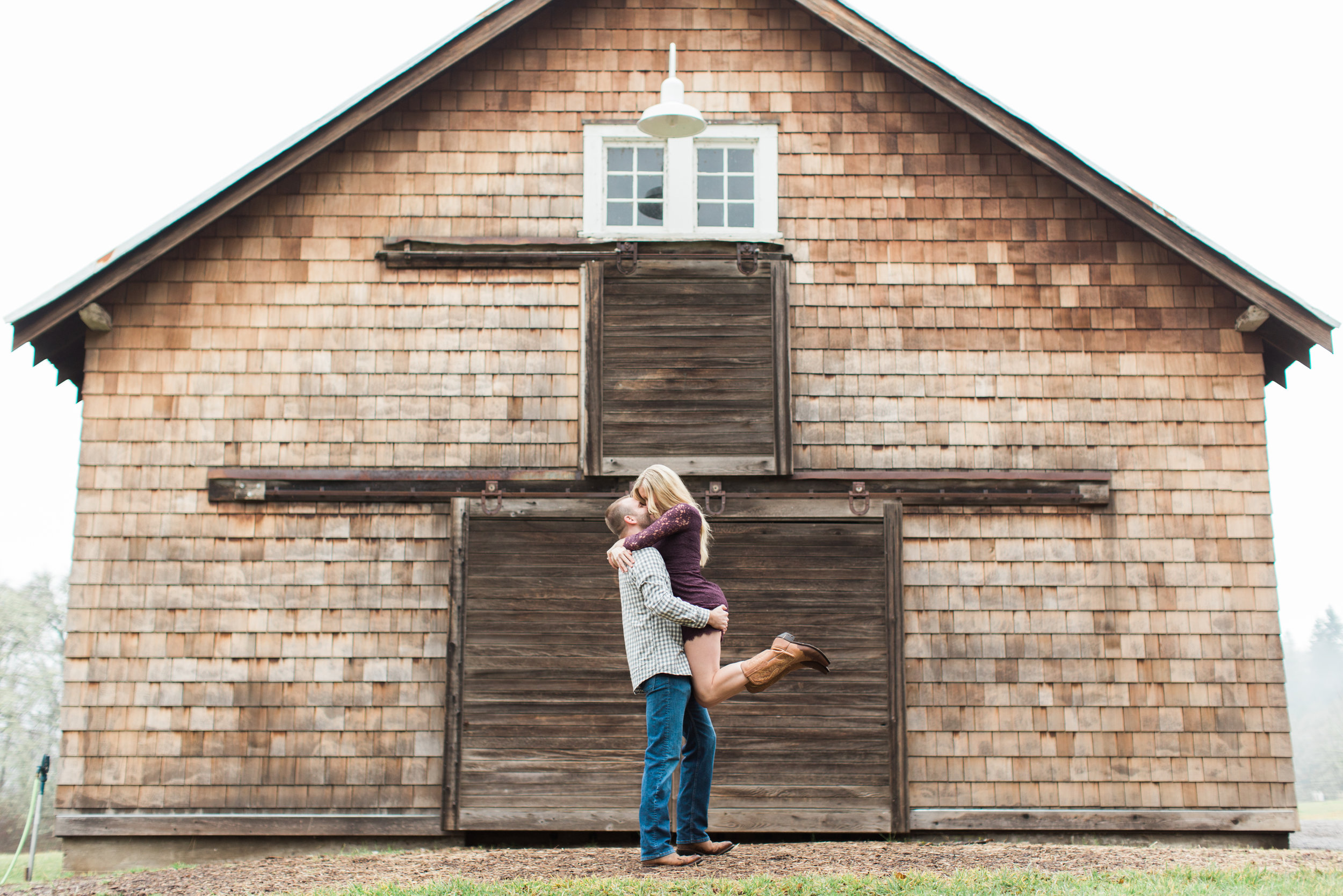 Eugene Oregon Engagement Photography | Heather Mills Photography | Fine Art Photography