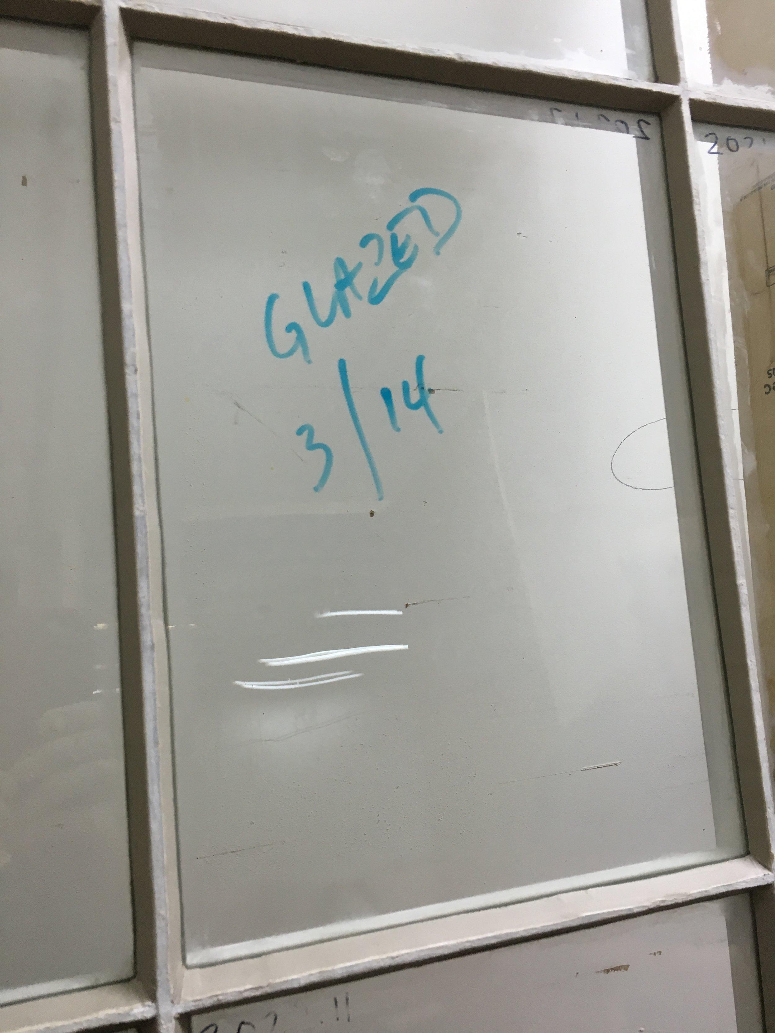 Putty glazed window
