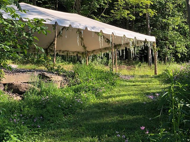 Follow us up the garden path to the party… #TCMH . . . #weddingvenue #weddingvenuenyc #weddingsummer2018 #summer2018wedding #weddingplanning #weddingphotography #weddingdecor #weddinginspo #weddingideas #farmhousewedding #TCMH #eventplanning #barnwedding #airstream #airstreamdreams #airstreamdream
