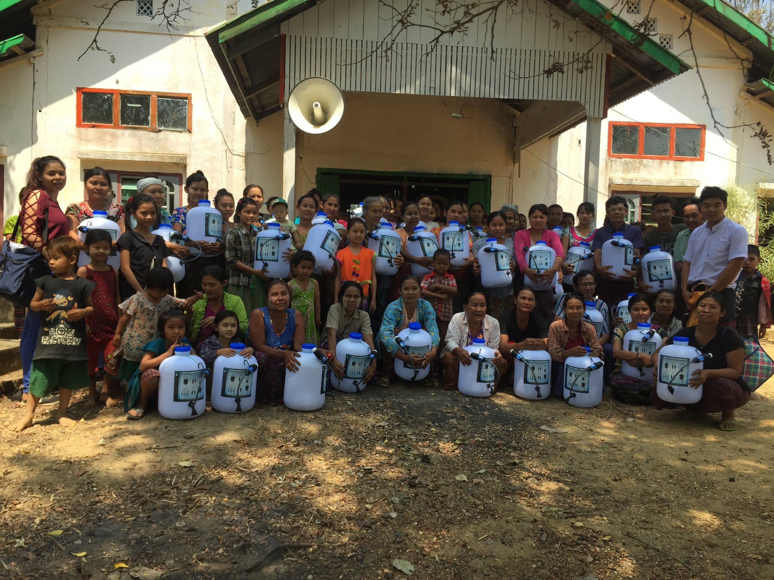 Community members in Taung Ka Lay