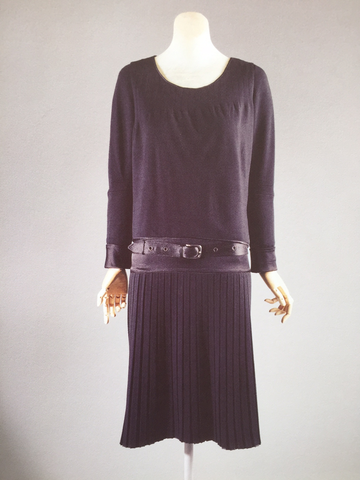 Coco Chanel, Dress in silk and wool, 1927
