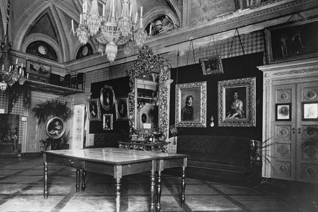 The main lounge of the villa
