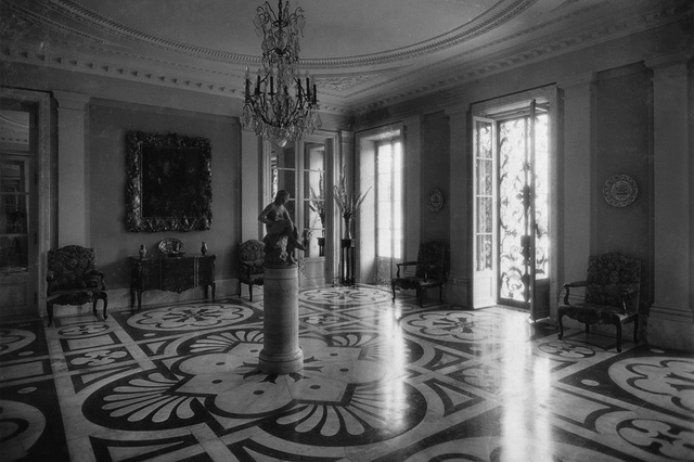 The lounge of the villa