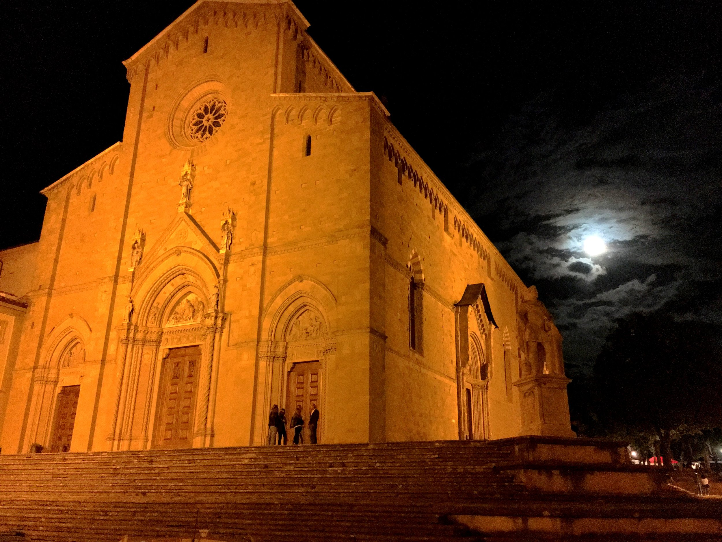 A nocturnal view of the Duomo of Arezzo