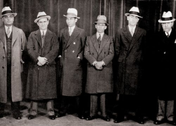 Lucky Luciano (3rd from left) at a  Gangsters Convention in Chicago, 1932