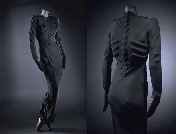 Another collaboration with Dalì: the Skeleton Dress