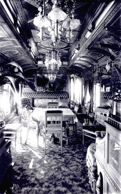 The dining room, early 1900s.