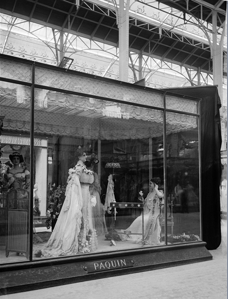 The stand of Paquin at the  Universal Exposition of Paris  (clothing section), 1900